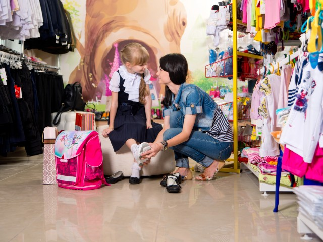Como escolher o calçado adequado para as crianças?