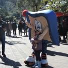 Mascote Pirinha na Vila Capivari - Campos do Jordão!