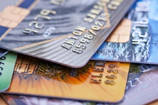 Confira os cartões aceitos em nossas lojas!