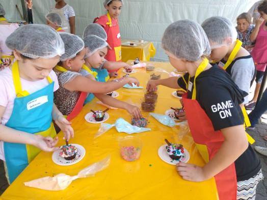 Sábado foi dia de festa para as crianças no Mercadinho Piratininga!