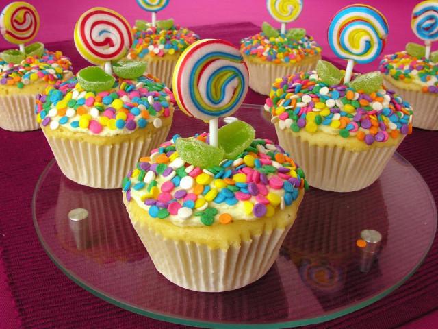 Cupcake de Morango com Glacê Decorado!