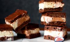 Sanduíche de brownie e sorvete Saint Luiger!