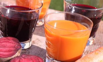 Sucos Bronzeadores - Uma combinação nutritiva!